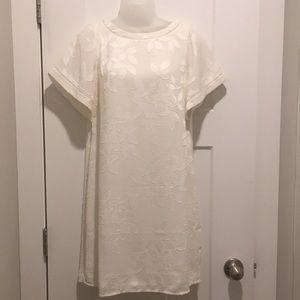 Short Sleeve Flare Drey, Off-White ,Cream,Size-SP